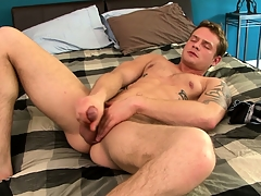 Tattooed blank out Trent Diesel beats his natural yourself and fingers his butthole