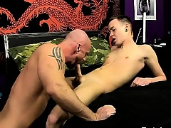 Male models He slides his shaft secure Chris' loaded with hole, teari