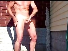 Mature dilettante dude scraping his dick helter-skelter the driveway